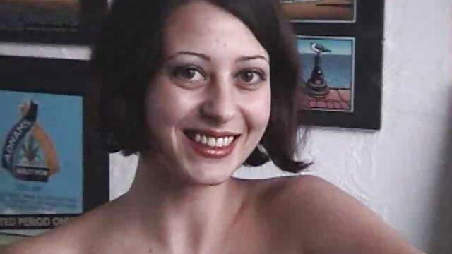 Big titty Rotschopf crackwhore Pam bekommt historische pornofilme tag team