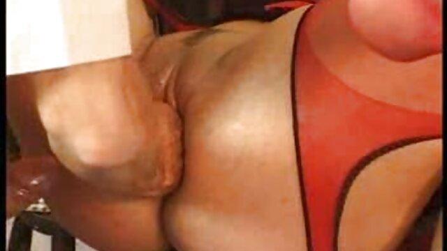 Sexy Krankenschwester Kirsten checks ' s temp reife frauen in pornos